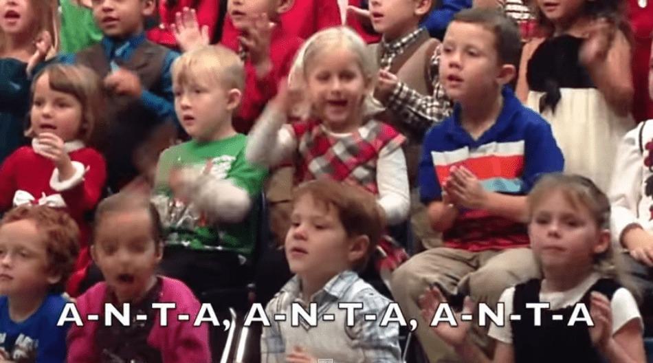 合唱中1人だけみんなと違う動きの女の子。実は耳の不自由な両親のために手話をやっていた!一生懸命なその姿に感動!!