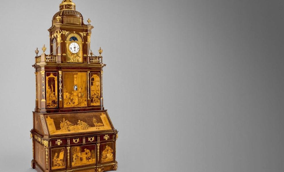 200年前とは思えない!信じられないカラクリ満載の豪華絢爛なアンティーク机!
