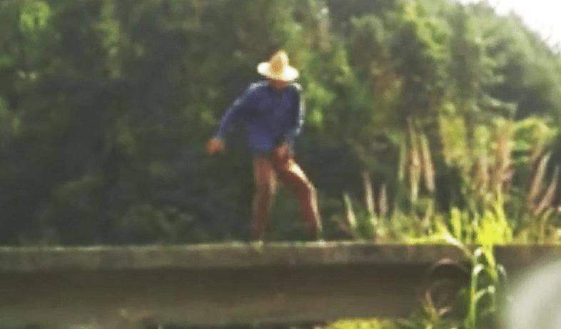 中国の農民が踊るマイケル・ジャクソンの「ビート・イット」がキレッキレで凄いと世界で話題に!!