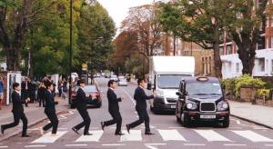 カッコイイ!ビジネススーツのパフォーマンス集団「WORLD ORDER」の新作PVは、ロンドンでゲリラ撮影!!!