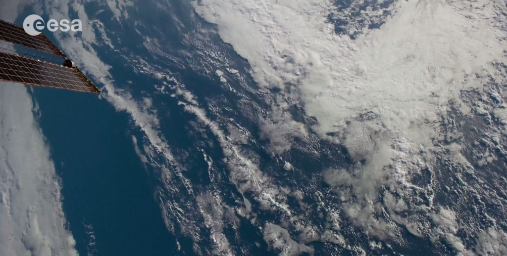 【4K】何この高画質!国際宇宙ステーションから撮影された地球&宇宙2014最終版!