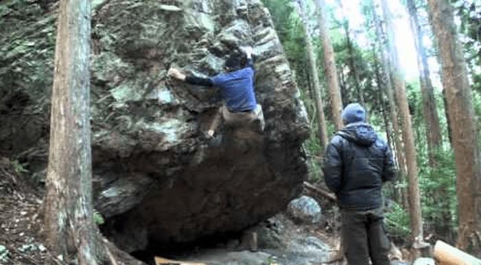 クライマーってこんな岩も登ってしまうのか!垂直どころじゃない岩を登る!!