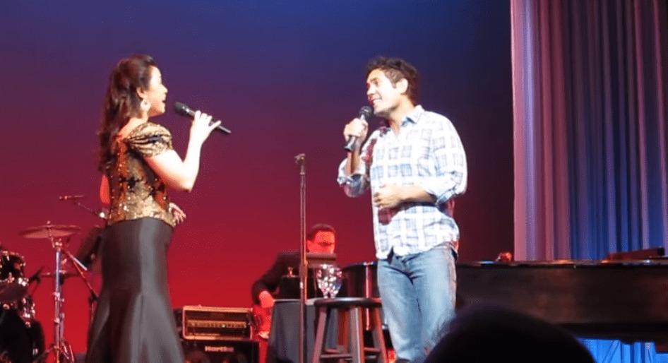 コンサートで客席から選ばれた男性。突然ステージに上がったとは思えない鳥肌モノのデュエットに、会場中が拍手喝采!!