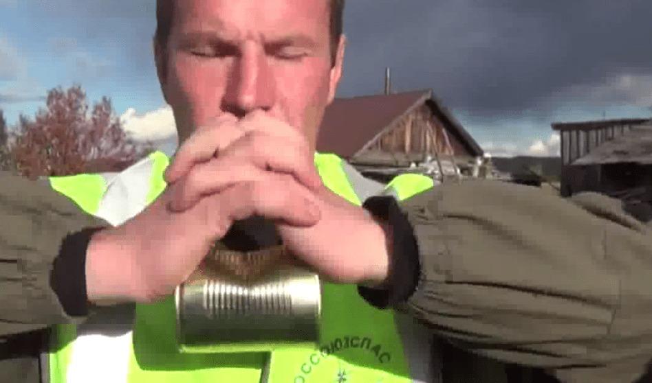 サバイバルの達人が教える、素手で缶詰を開ける方法!!!