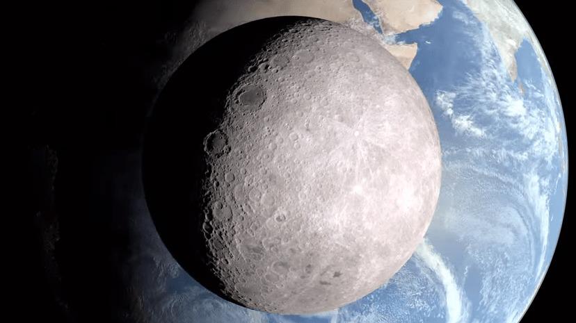 NASAが月の裏側の映像を公開!クレーターで覆われた月の「裏の顔」に世界が興奮!!