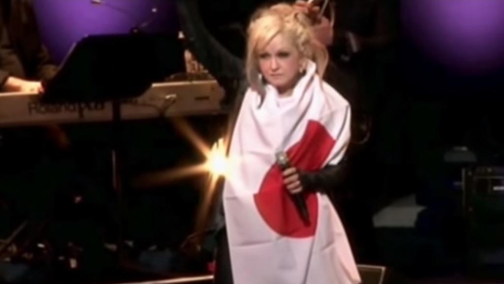 【3.11】余震の続く中「日本に少しでも勇気を」とツアーを決行したシンディ・ローパー。日本を癒した女神の歌声
