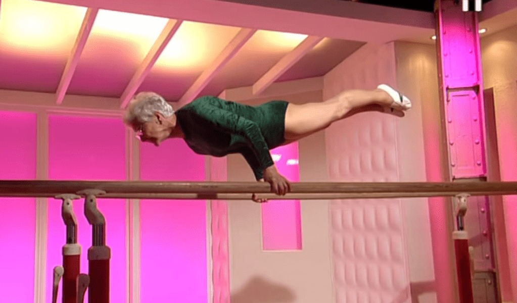 元気すぎ!86歳の女性が超絶パフォーマンス!日々のトレーニングは年齢を超越する!!