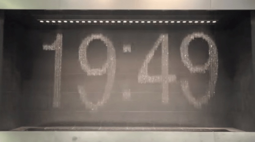 さすが日本の技術力!大阪駅にある「水時計」が海外で絶賛されている!!