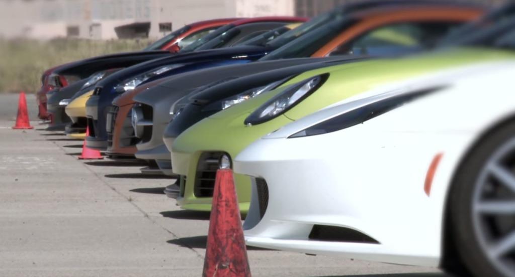 11台のスポーツカーでドラッグレース!並みいる高級外車を押さえて「日産GT−R」が圧勝!!