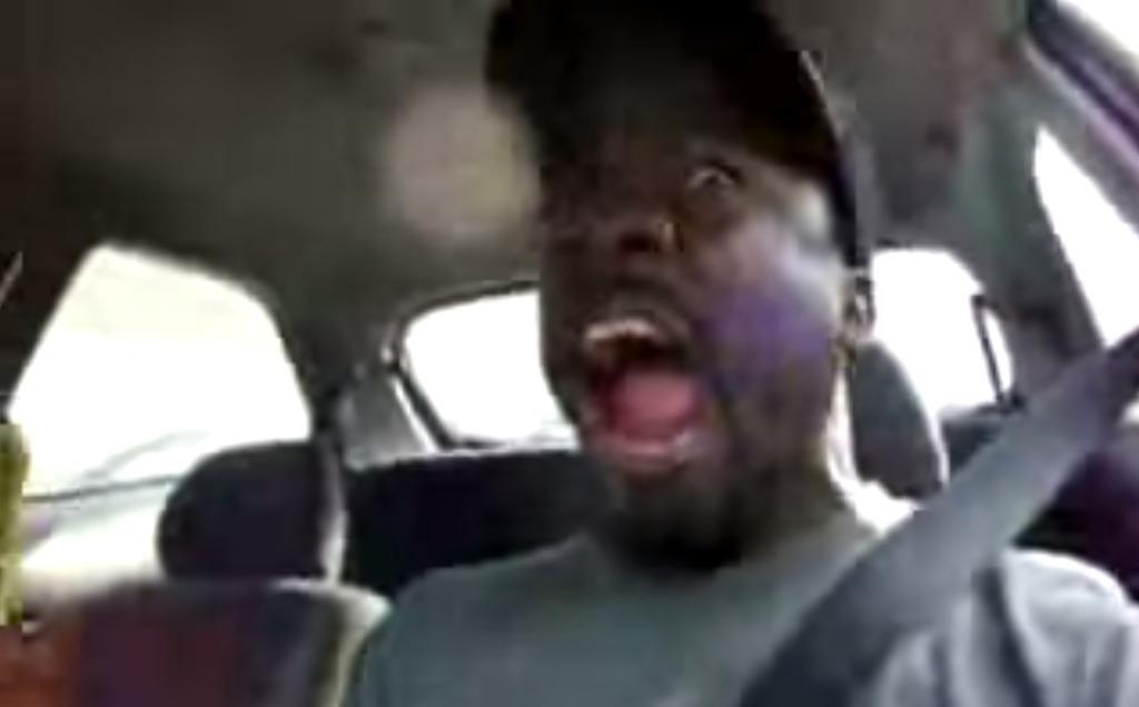 【爆笑】渋滞にキレた人が考案した意外なストレス発散法に爆笑wwwwwwww