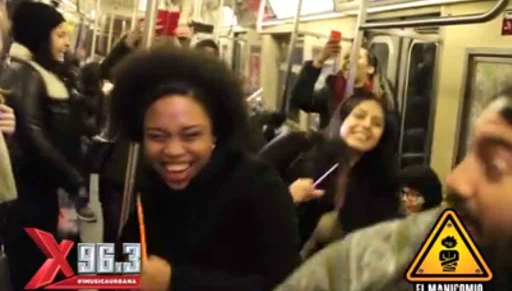 地下鉄に乗ったらクラブだったら?!突然の出来事なのにノリが良すぎなニューヨークの人々!!