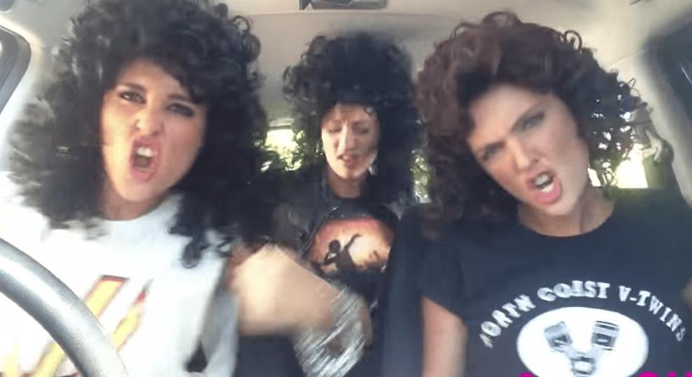 テンション高すぎセクシー女子3人組、今度は「コスプレ」でヒットメドレー熱唱!!