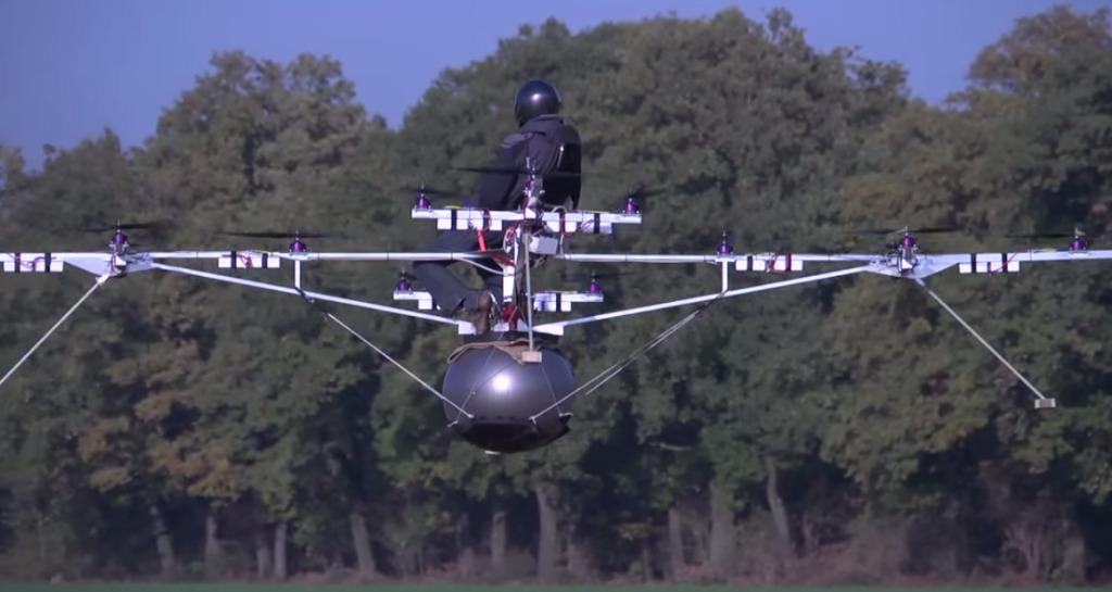 世界初の有人ドローン「ボロコプター」をドイツが開発!こんな移動手段があったら楽しいな!!