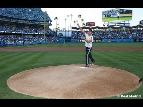 クリスティアーノ・ロナウドが野球をするとこうなる【動画】