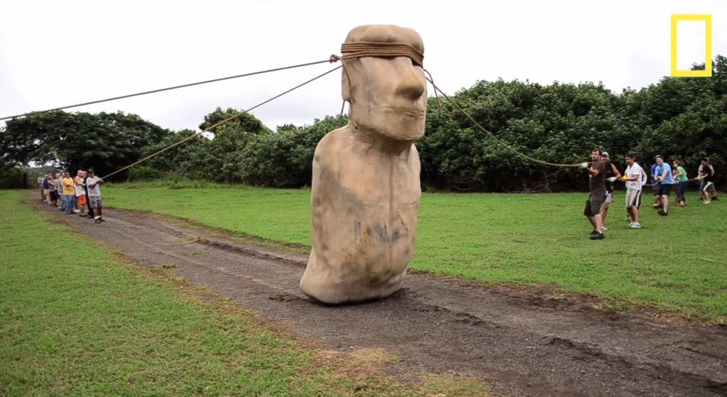 歩くモアイ像!古代の人々がモアイ像を移動した驚きの方法とは?!