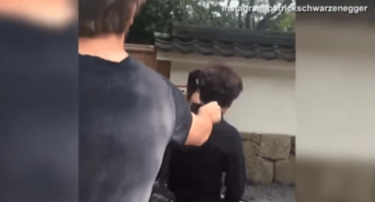 シュワルツェネッガーの息子が京都で女性にイタズラし批判殺到!!