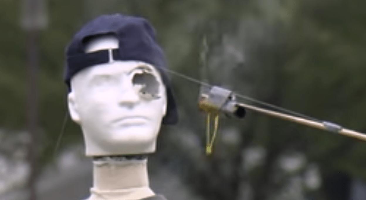 アメリカの花火の安全啓蒙映像がシュールすぎるwwwwwwwww
