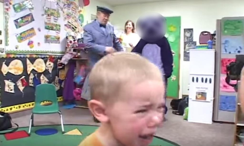 【爆笑】パンダさんを心待ちにしていた子供たち。しかし、颯爽と登場した瞬間号泣wwwwwwwww