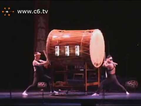 海外で「神を感じる」「魔法にかかったようだ」と名高い和太鼓の演奏。