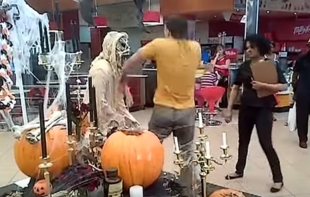 【痛快】ドッキリをされた男性が、その場の機転でナイスドッキリ返し!!