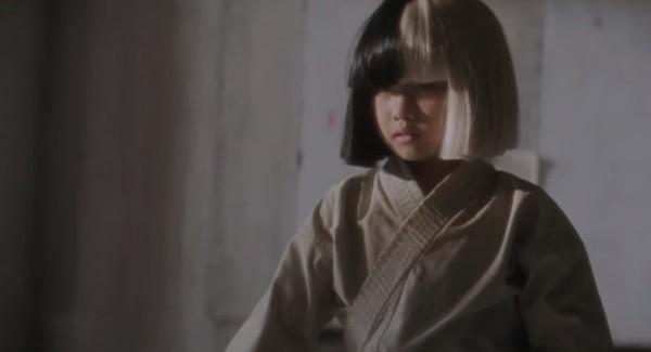 9歳の日本の天才空手少女が、オーストラリアの歌姫のMVに出演!キレッキレの型で魅せる!!