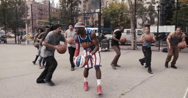 【神技】バスケットボールを超リズミカルにドリブルして音楽に!!