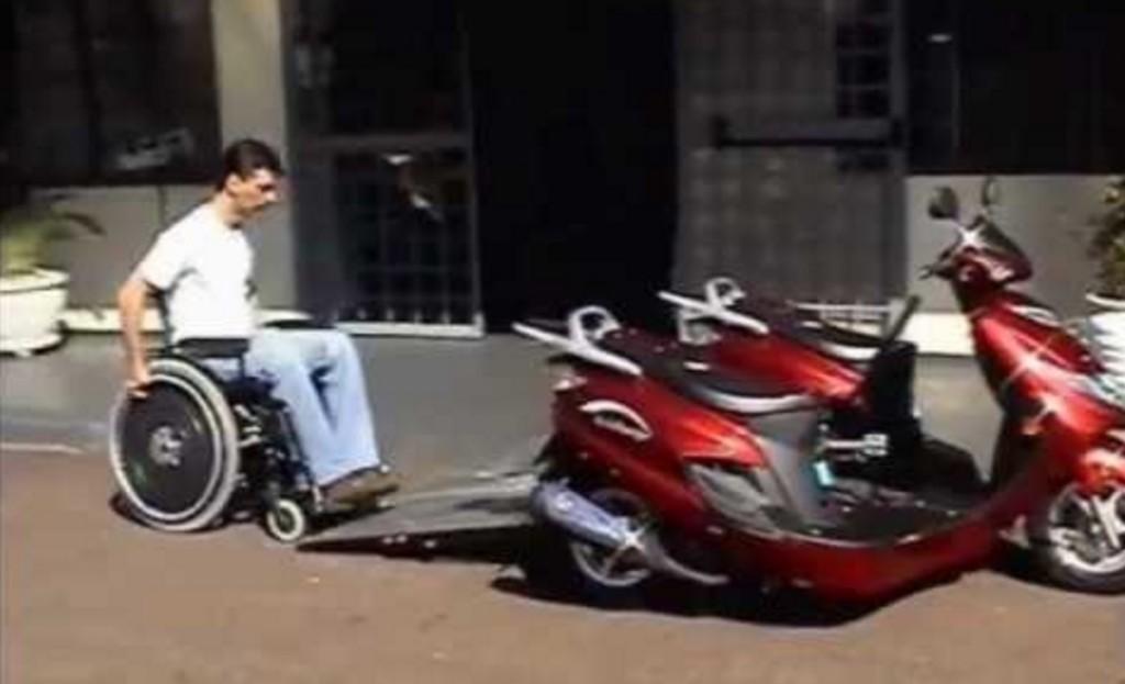 車椅子ごと乗れるバイクが素晴らしい!!!