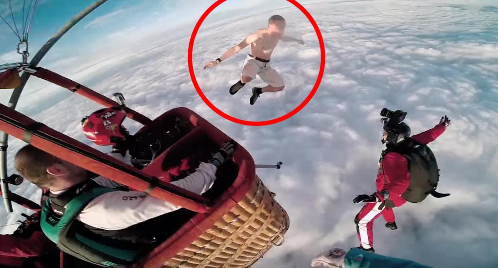 パラシュート無しの生身の体で気球から飛び降りたクレイジーすぎる男性!どうなってしまうのか?!