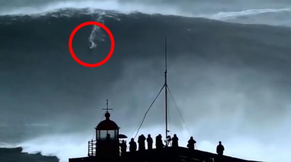 【神技】高さ100フィート!世界最大の波に乗りギネス記録を出した神技映像!!
