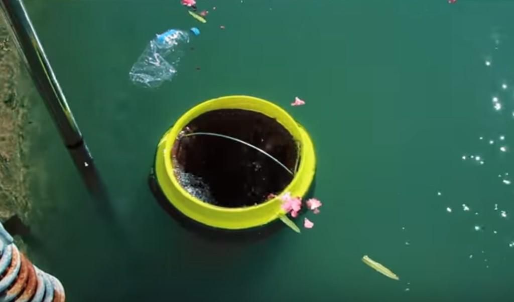 海に浮遊するゴミを回収する「海のゴミ箱」が開発される!!