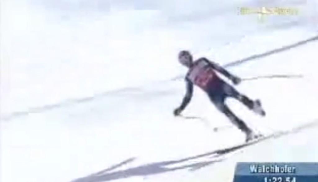 片足の板が外れても滑り続けたプロスキー選手のテクニックが凄い!!
