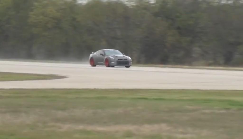 時速379キロ!2200馬力GT-Rの世界記録の走りが凄い!!