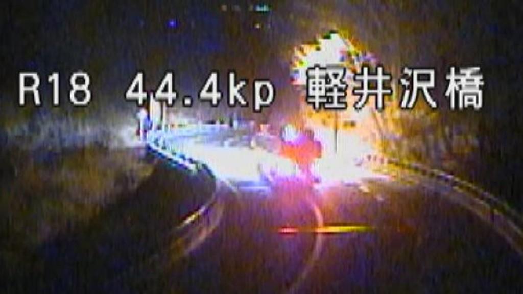【軽井沢スキーバス転落事故】バスが事故現場直前を猛スピードで走行するカメラ映像が公開!!