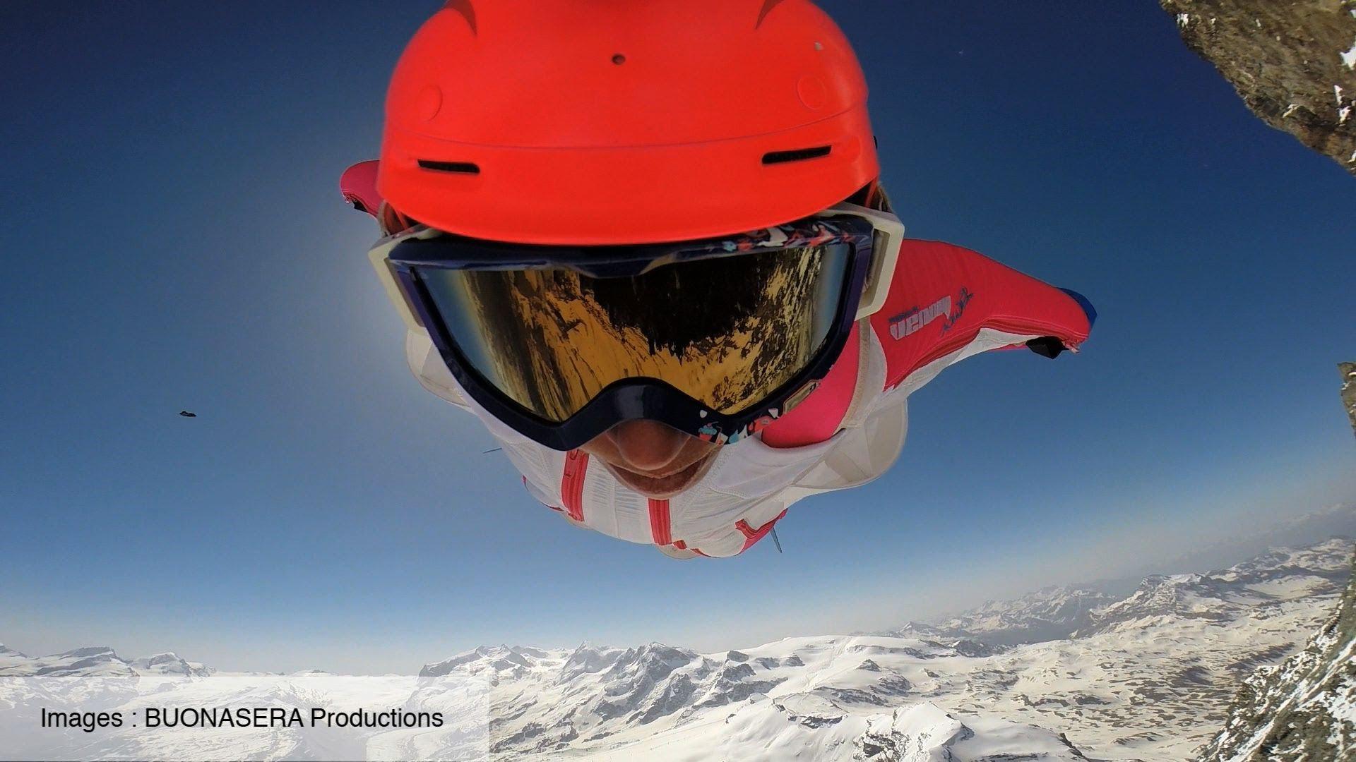 標高4478メートル!マッターホルンからウィングスーツでジャンプ!スリルがありすぎる!