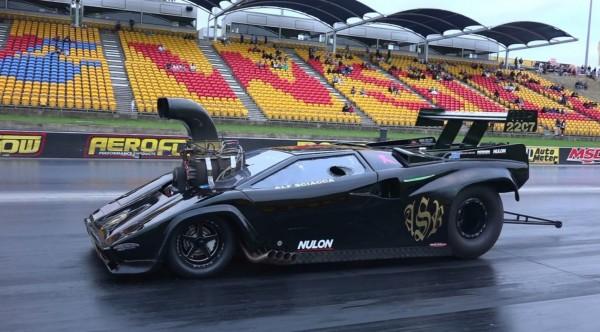 ゴツすぎ!ランボルギーニ・スーパーチャージャーのドラッグレース試走映像。
