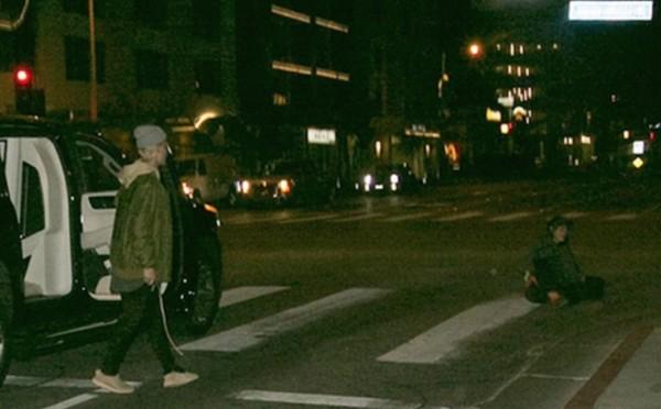ジャスティン・ビーバー、路上で倒れるお年寄りを助ける動画が撮影され話題に!!