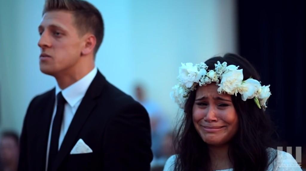 【感動】結婚式での祝福の「ハカ」に感極まった新郎新婦が、、!