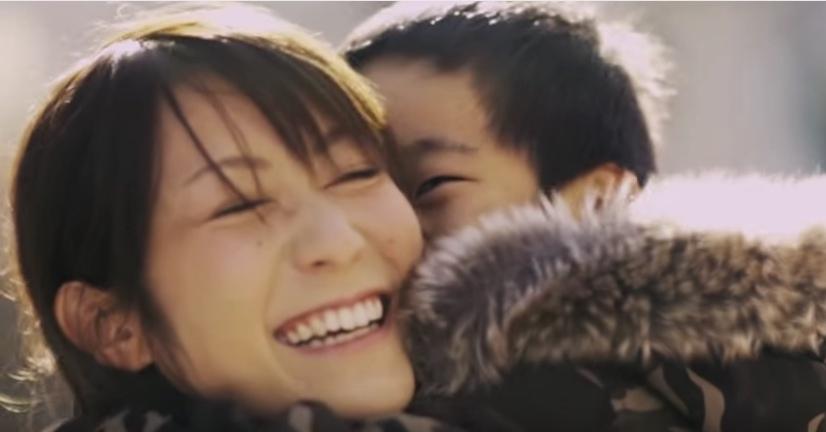 【感動動画】「理想の母親」になれないと悩むママ、子供から見たママの印象とは?