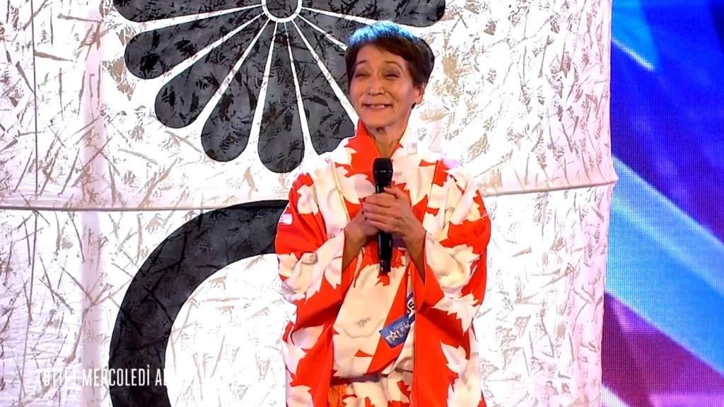 70歳の日本人女性がオーディション番組に出演!美しいパフォーマンスに拍手喝采!!