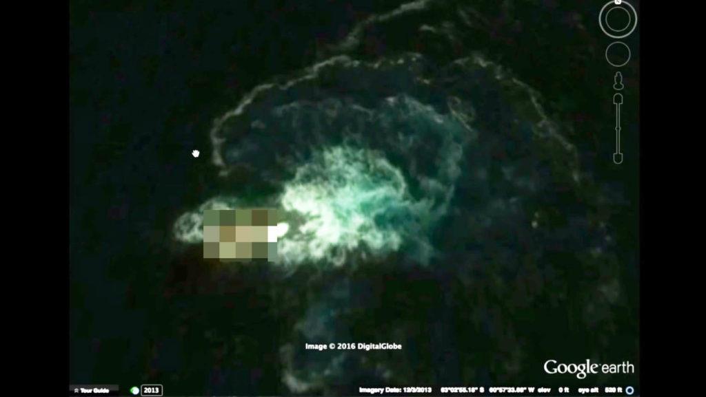 グーグルマップに体長120mの巨大生物が写っていることが判明!伝説の巨大怪物イカ「クラーケン」か?!