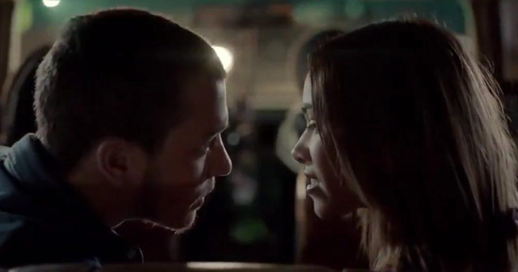 【閲覧注意】甘いはずのファーストキスが。。シートベルトを着けなかったカップルの結末が切なすぎる、、
