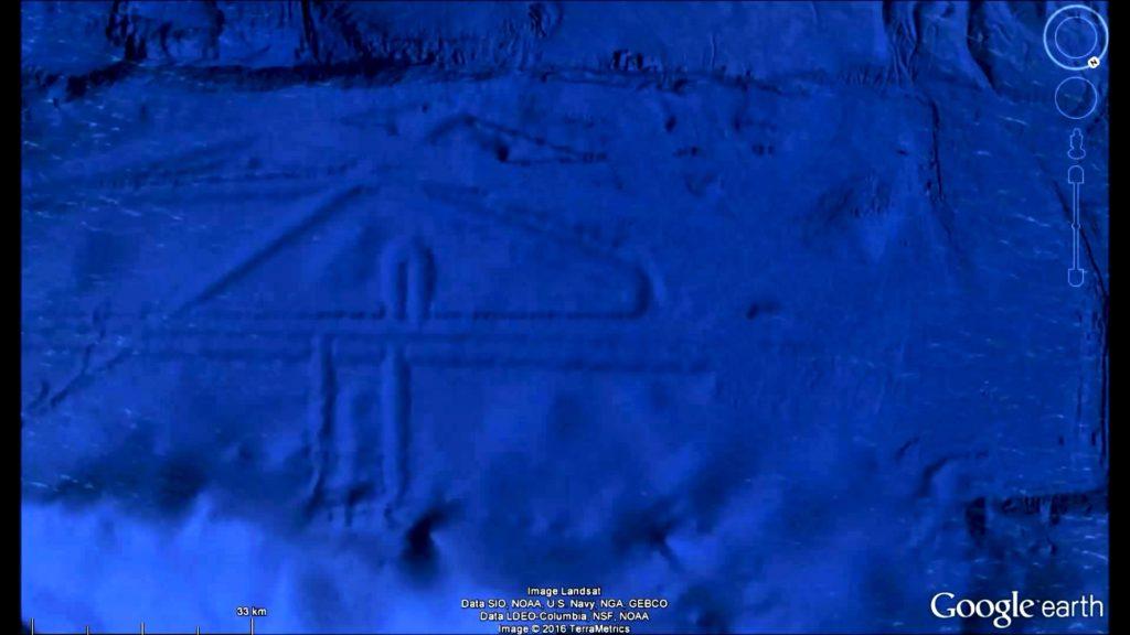 メキシコ沖に幅125kmの「超巨大建造物」がグーグルアースで発見される!まるでナスカの地上絵みたい!?