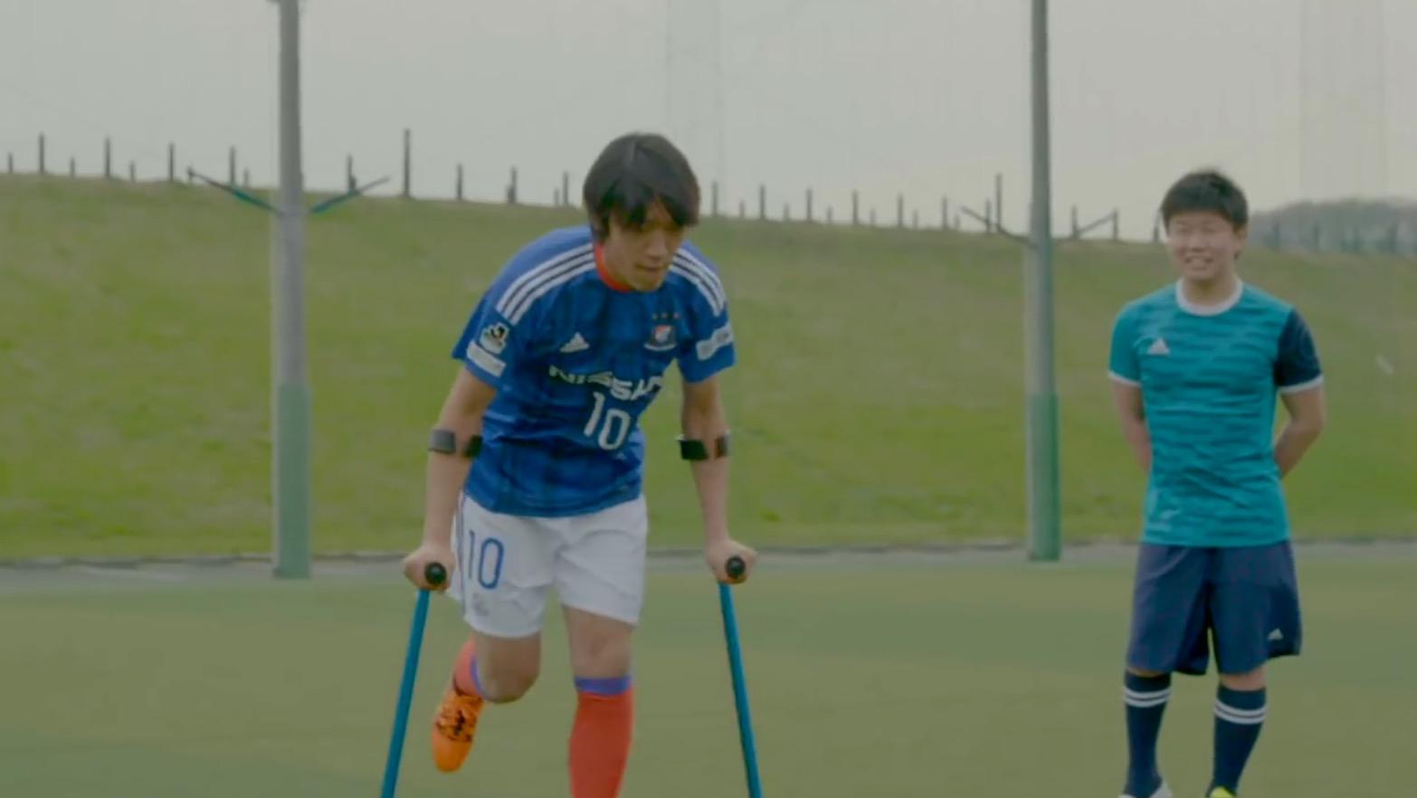 中村俊輔選手に闘病の一番辛い時期に生きる勇気をもらった少年。「直接お礼が言いたい」という夢がサプライズ成就!!