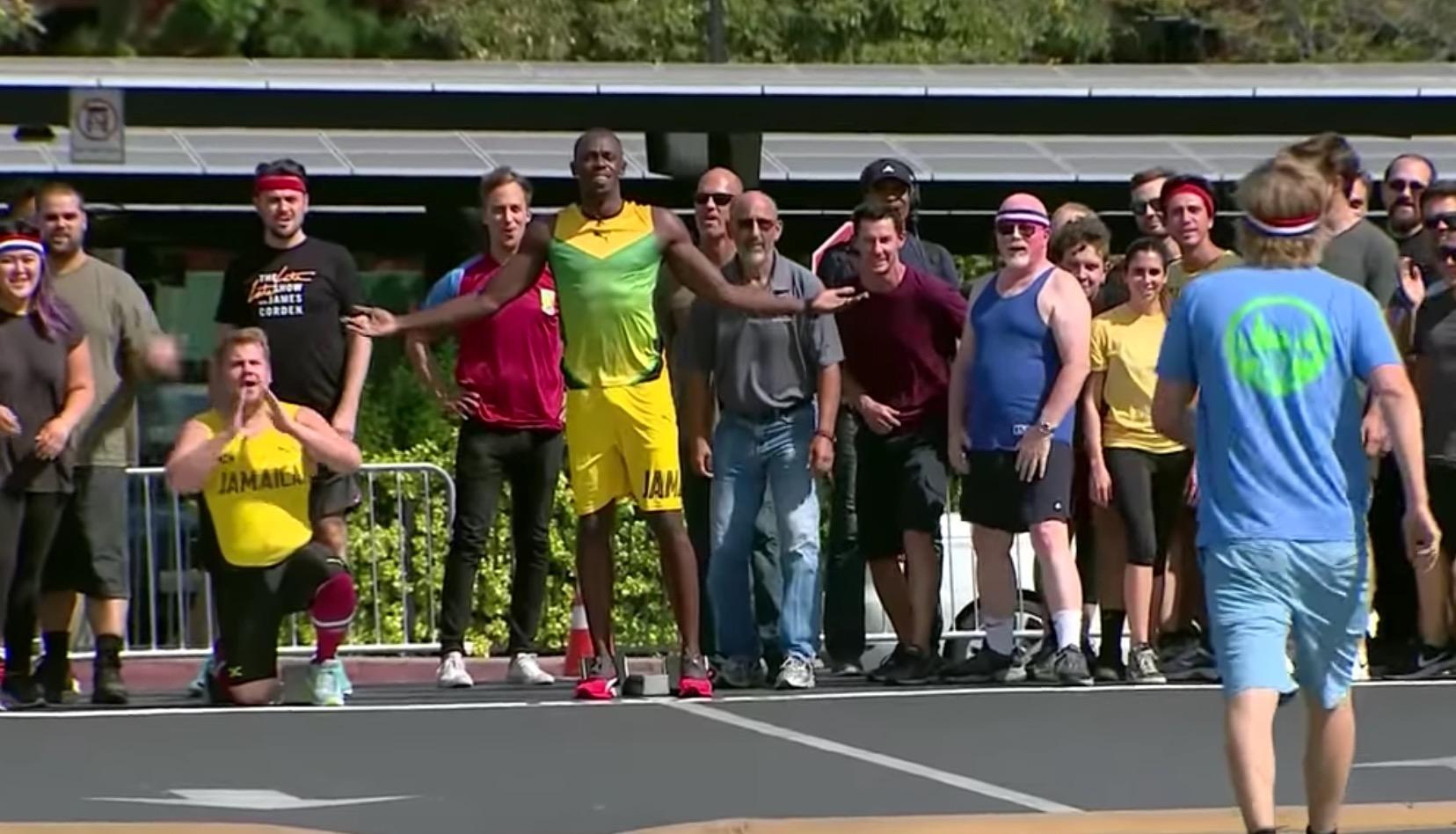 ウサイン・ボルトと一般人が100メートル走!本気の一般人と余裕のボルトの差に、世界最速を実感!!
