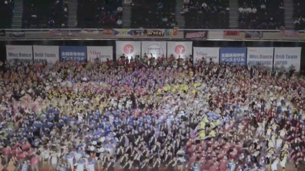 「ポカリガチダンス選手権」が開催!2500人で一斉に踊るシーンは圧巻!!