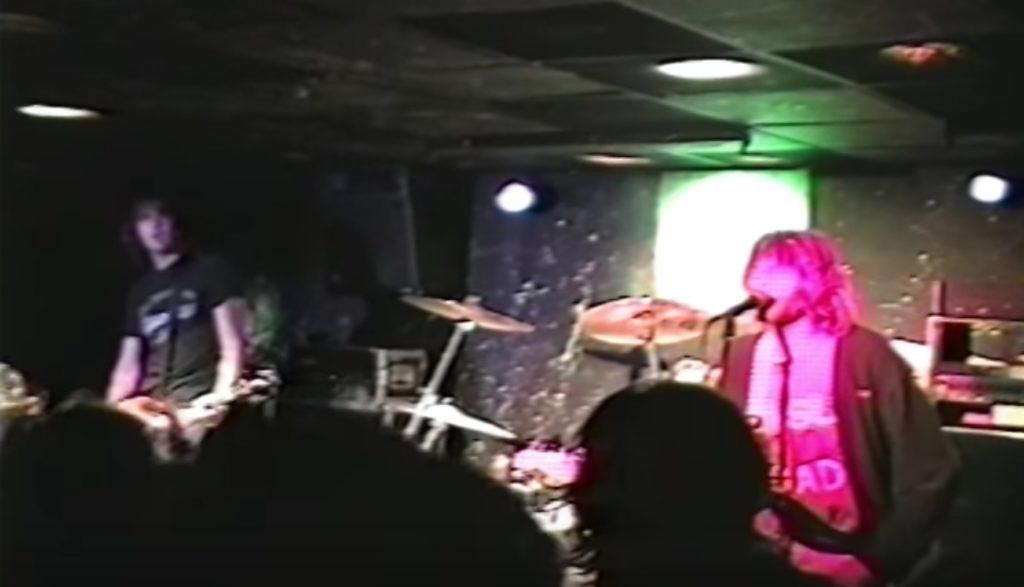 歴史的名作ニルヴァーナ「ネヴァーマインド」発売2日後のライブ映像が公開!曲は「Smells Like Teen Spirit」!