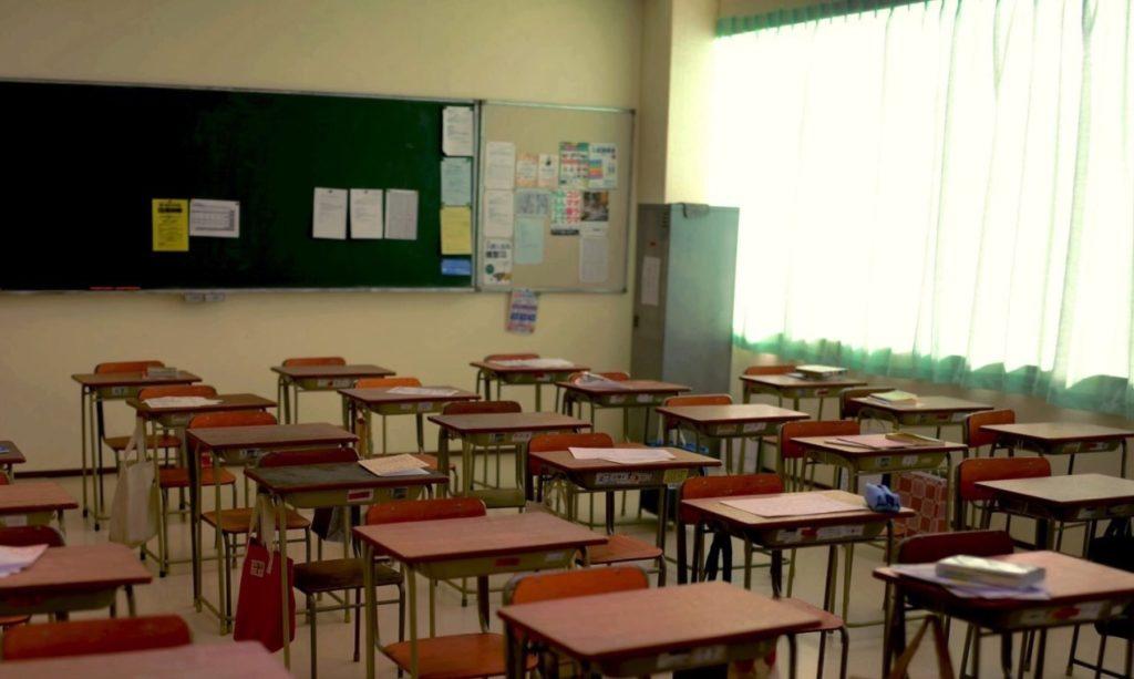 一見普通の教室の秘密にすぐ気づく?これぞ天才の所業!!