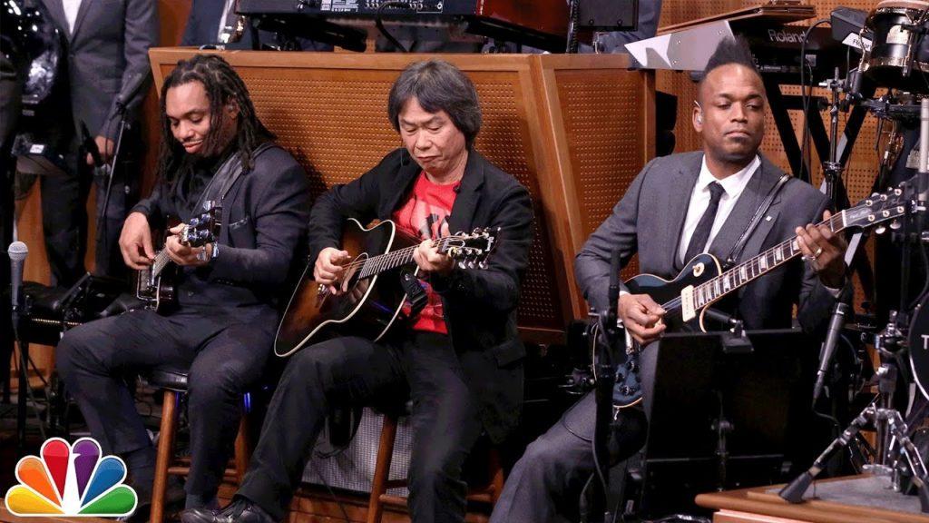 「スーパーマリオ」生みの親で任天堂代表取締役の宮本茂さんが、生ヒップホップバンドの大御所「ザ・ルーツ」とスーパーマリオブラザーズのテーマを演奏して話題に!!
