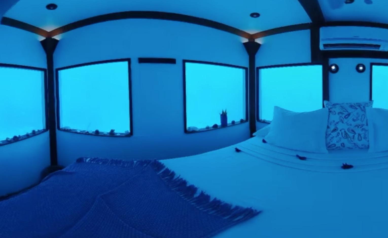 海の下のホテル「The Manta Resort」が凄い!!