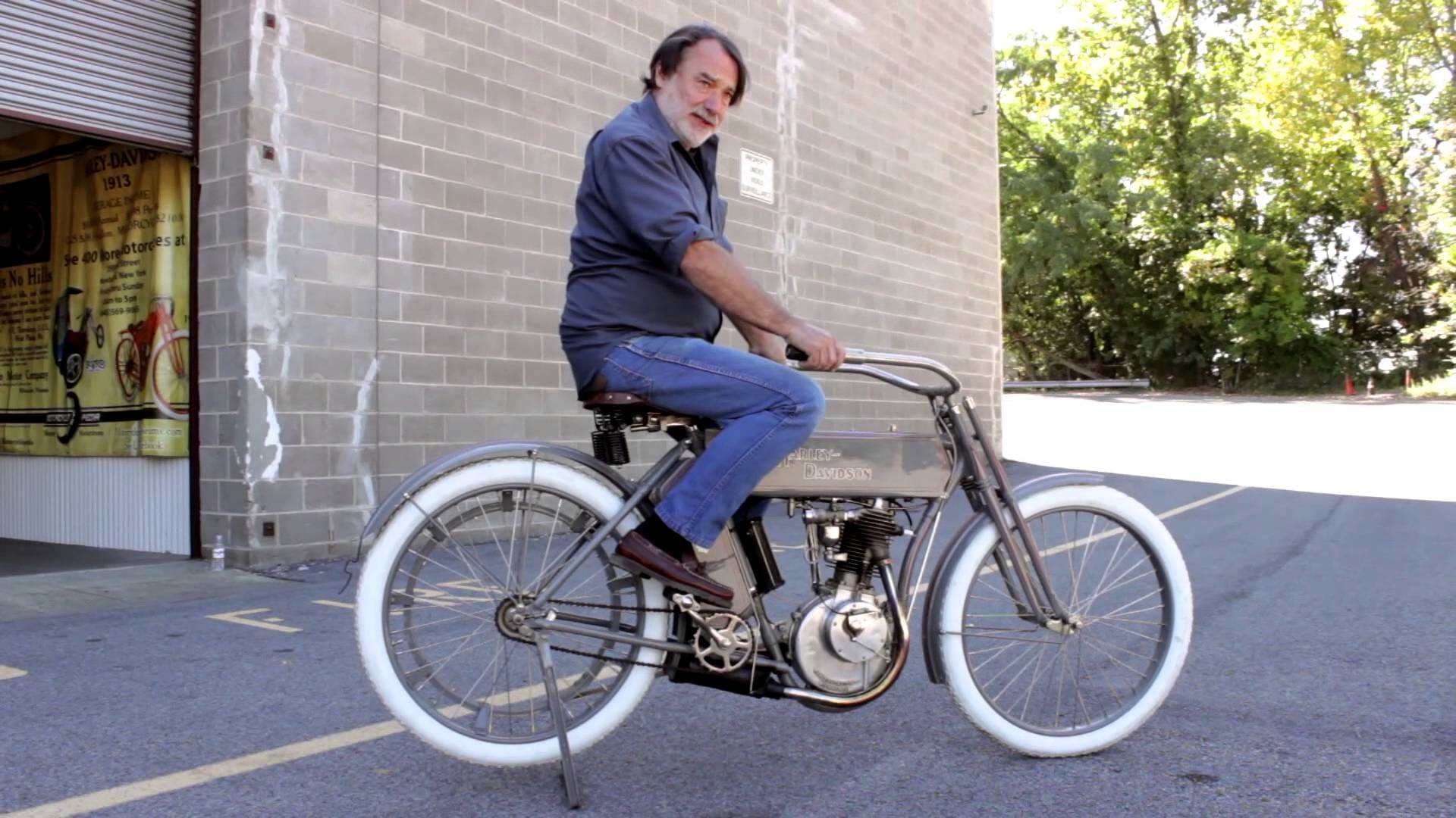 約100年前のハーレーダビッドソン最初の市販モデルに乗車!自転車みたいだけどエンジン音は完全にハーレーサウンド!